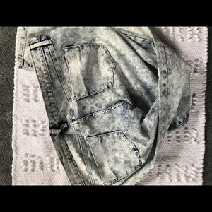 Mossimo Supply Co. Jeans - NWOT White Washed Jeans! 👖💙